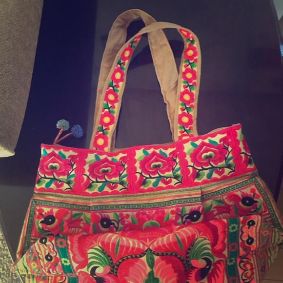 Charboni Handbags - Large Charboni Fair Trade embroidered Tote!!
